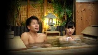 【エロ動画】混浴温泉で酒の勢いに任せてビクンビクンS○Xしちゃう