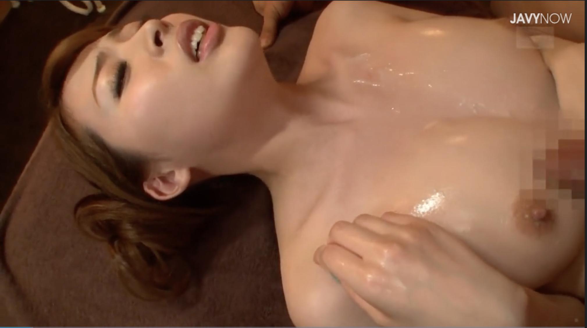 【エロ動画】「あぁ!ああんっ乳首イクぅ」自らお◯んぽ擦り付けて乳首イキする超敏感乳首の巨乳美女